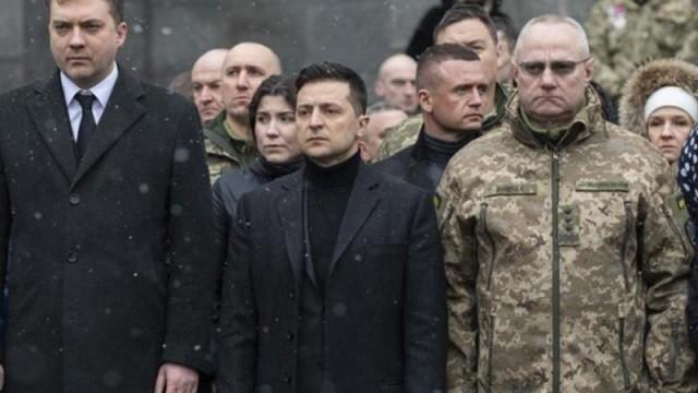乌克兰总统解除乌军总司令职务