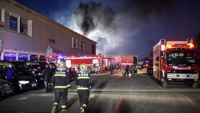 北京一储能电站火灾致2名消防员牺牲1人失联