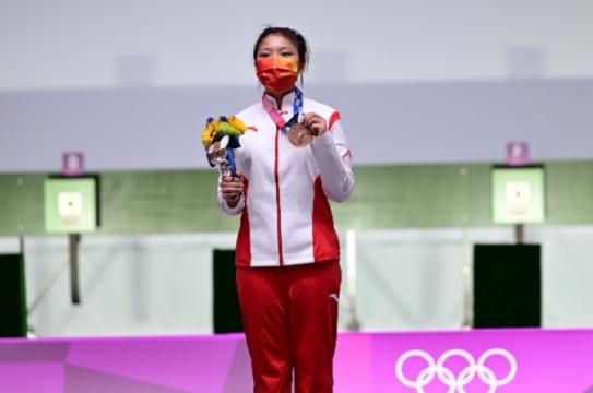 姜冉馨收获铜牌