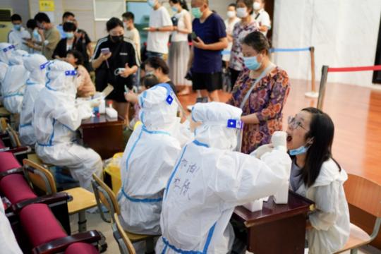 南京疫情扩散风险有多高?