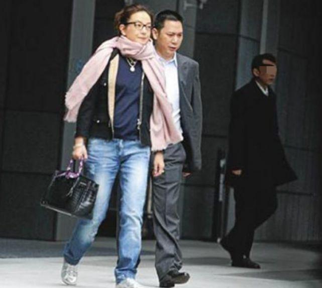 赵薇老公黄有龙欠款近2.5亿元 遭债权人上诉追讨