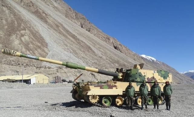 想跟PLZ-05比一比?印军把K9自行火炮拉到列城部署