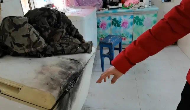 满屋飞火星一身玻璃茬!黑龙江近70户居民家遭雷击