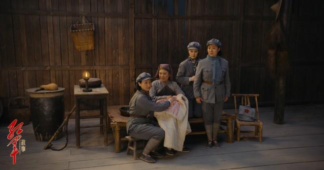 京剧电影《红军故事》首映 传统文化创新光影故事