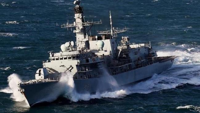 法英渔业冲突升级 双方派军舰艇前往纠纷海域
