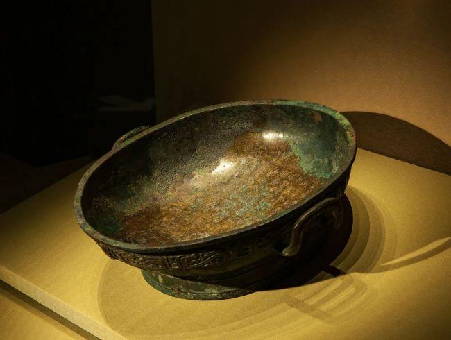 霸姬盘 西周(公元前1046年—前771年) 山西翼城县大河口霸国墓地2002号墓出土