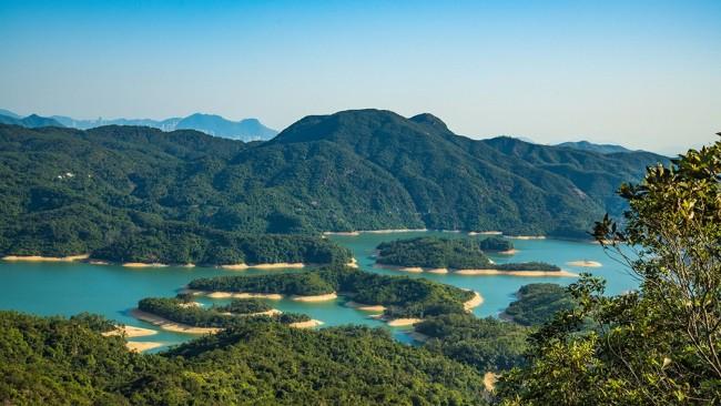 香港最长地铁线;沿途都是美景、美食与艺术街区