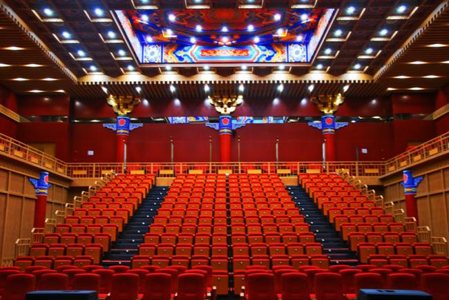 吉祥大戏院董事长富博洋:小众的戏曲艺术是大雅
