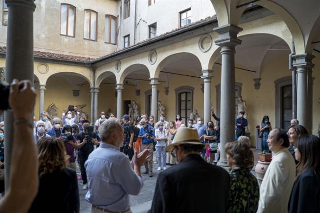 抽象之后-刘佑局画展在意大利举行