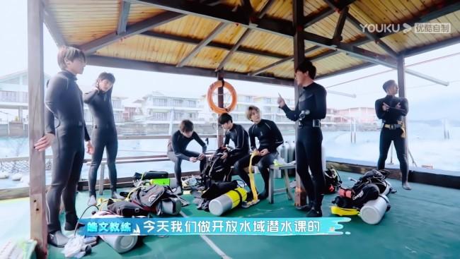 S.K.Y挑战深海潜水 《blueblue的少年》践行海洋环保再进阶