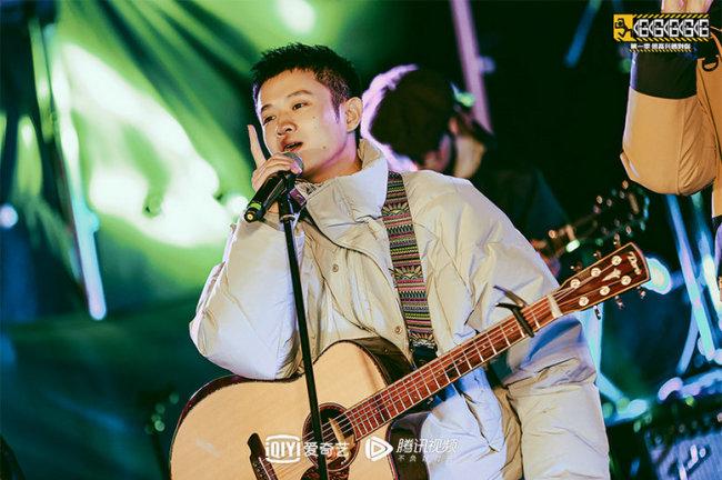 《哈哈哈哈哈》旅行团兰州举办音乐会 陈赫改编《昨个晚上》太洗脑