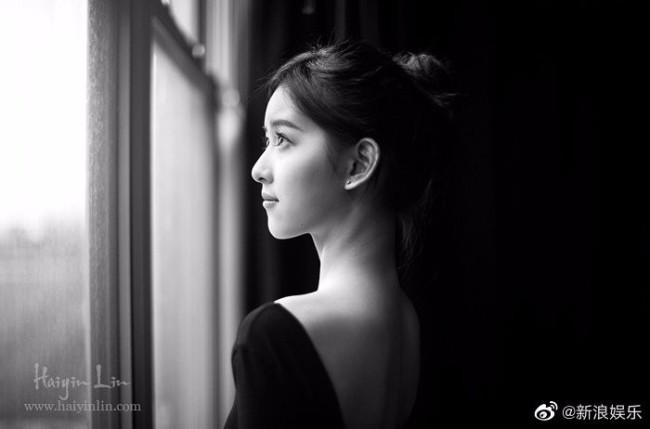 章泽天黑白芭蕾舞旧照