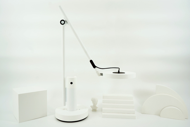 小白智能看护灯动手玩 结合护眼灯和智能摄像机