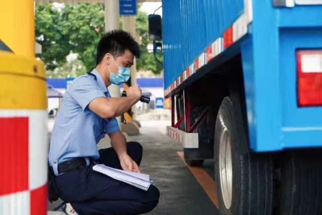 广州货车遭遇上牌难?今年5至6月货车上牌积压量达6500辆