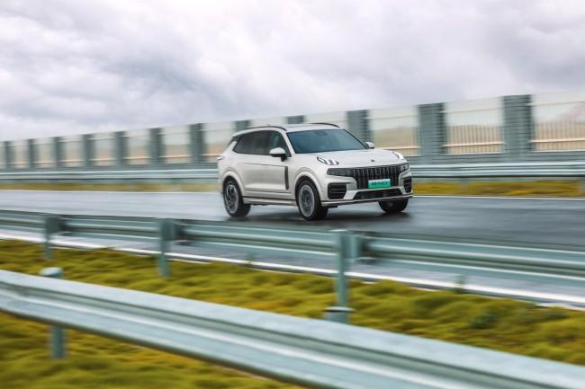 领克09首台用户智选配置量产车正式下线 同步公布预售