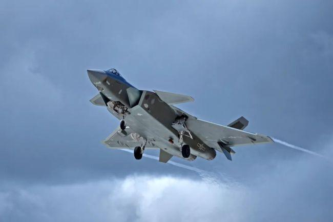 歼-20首飞10周年,盘点威龙高光时刻!