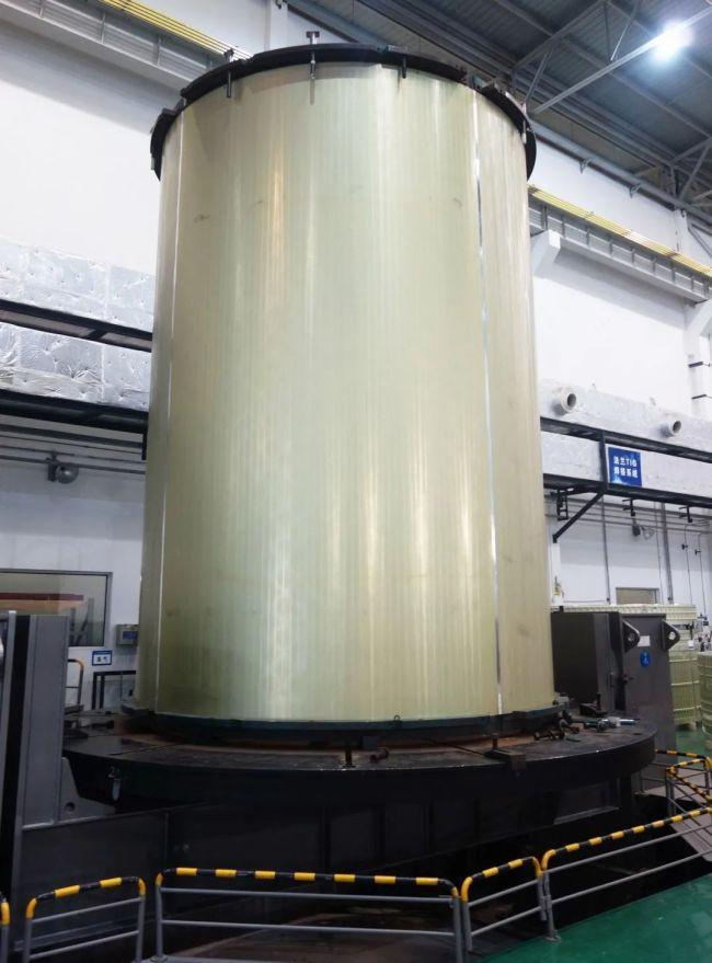 重磅!我国首个运载火箭长筒段贮箱问世