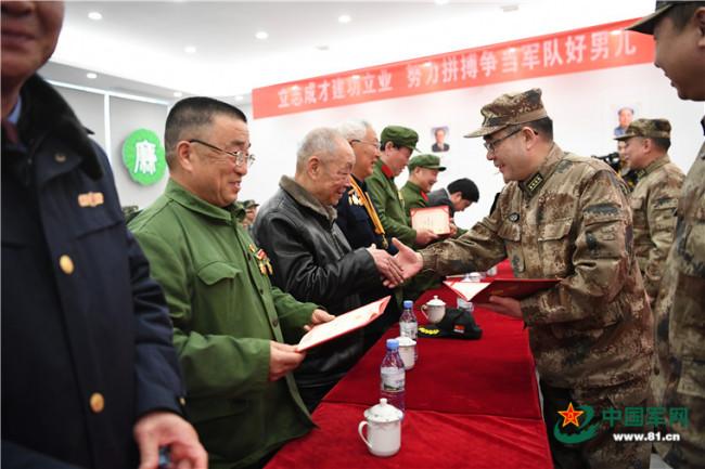 战斗英雄在身边!湘潭市这个新兵役前教育讲师团受欢迎