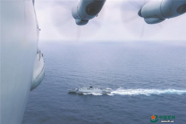 鹰击海天!东部战区海军航空兵某师搜攻潜演练影像