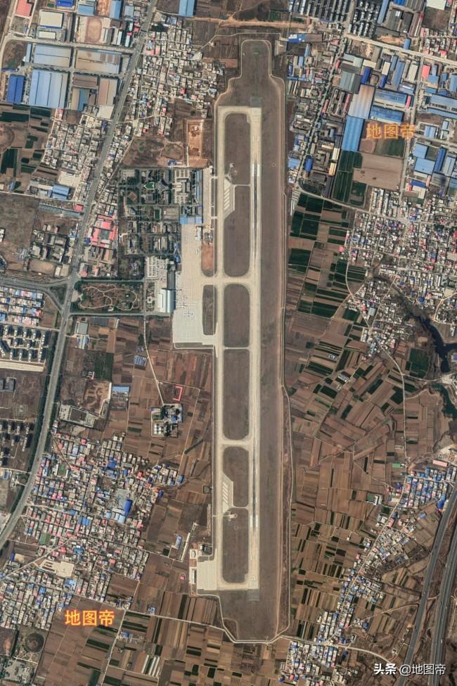 航拍洛阳北郊机场,全国唯一由高校主管的民航机场