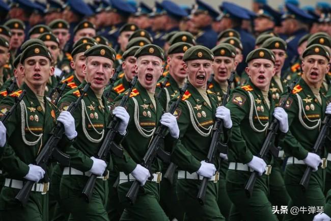今年红场大阅兵,普京撂下一句狠话