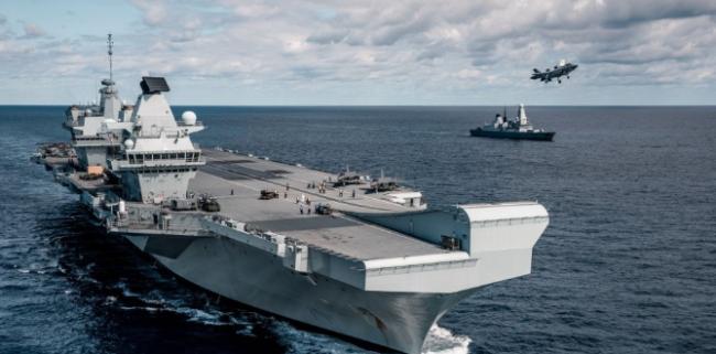 俄罗斯说 鸣枪示警、投掷炸弹 警告阻止了英国军舰