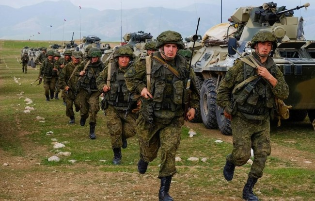 俄罗斯将与中亚两国在距阿富汗边境20公里地区军演