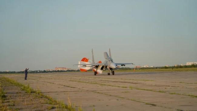 首次!歼-10B、歼-16、运-20亮相国际赛场