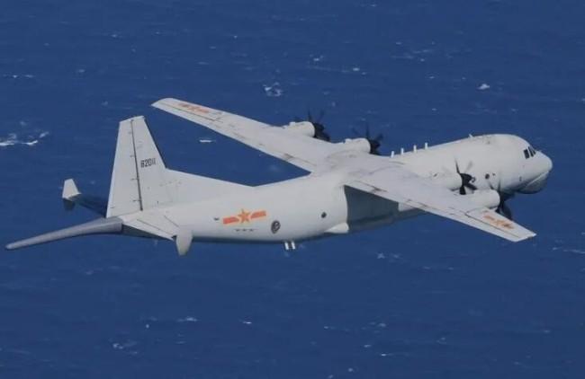 解放军战机飞到台湾本岛上空,是我们一定要迈出的一步!