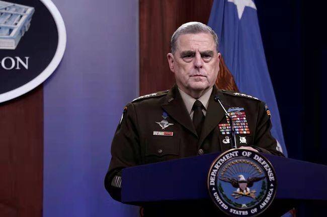 美记者曝猛料:担心特朗普发动对华战争,美军最高将领曾两次秘密致电中国军方