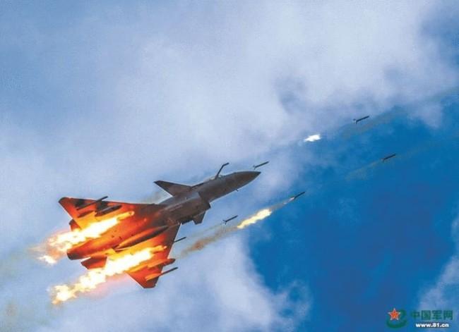 """印媒:""""光辉""""战机为什么会落后于歼-10?"""