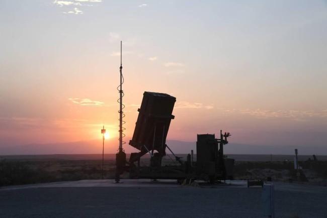 """美国陆军装备的""""铁穹""""防御系统"""