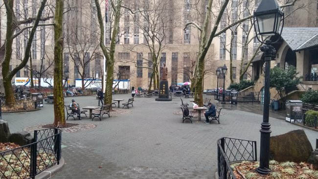今年3月,纽约唐人街一片萧条