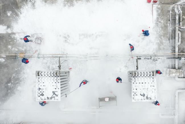 """风雪中的""""除冰突击队""""【3】"""