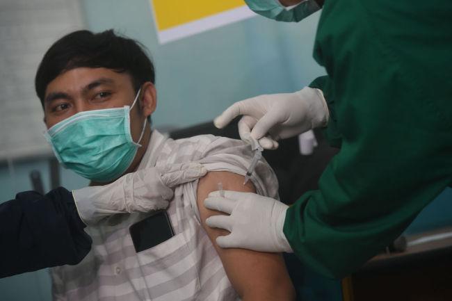 印尼:接种中国新冠疫苗