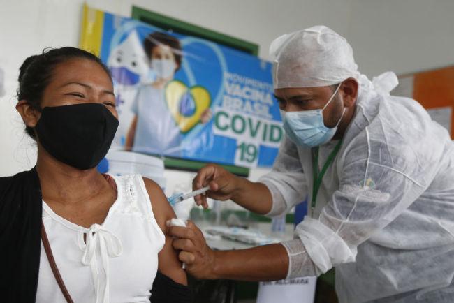 巴西亚马孙州原住民接种中国新冠疫苗