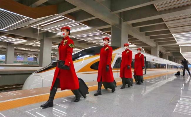 """刚刚,北京朝阳站开出首趟京哈""""高寒版""""复兴号!"""