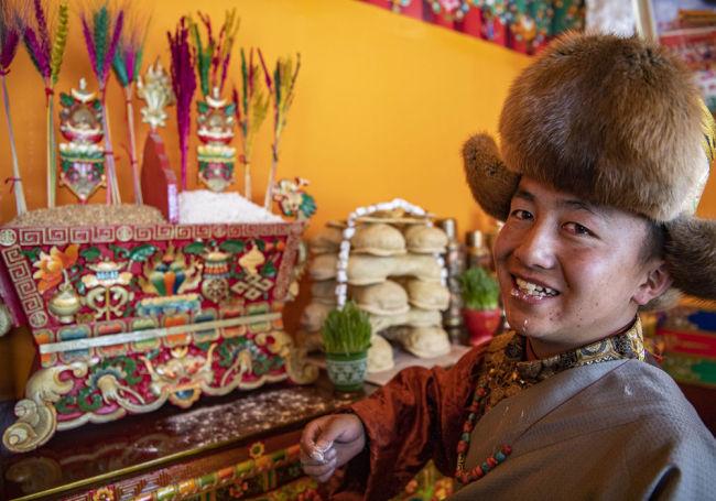 """中国宝""""藏"""" 实现自给自足 西藏主粮生产迎来历史性转变"""
