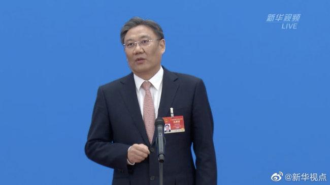 商务部部长王文涛:预计今年消费将呈恢复性快速增长
