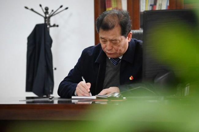 小镇书记赵化录——一名共产党员的23年
