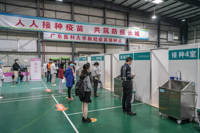 现场直击!广东高校启动新冠病毒疫苗接种