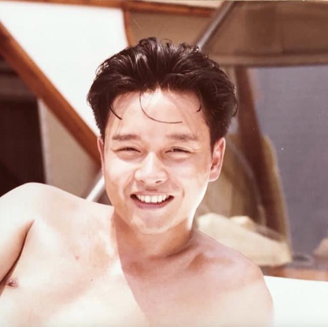 张国荣逝世18周年,唐鹤德、袁咏仪、宁静发文怀念