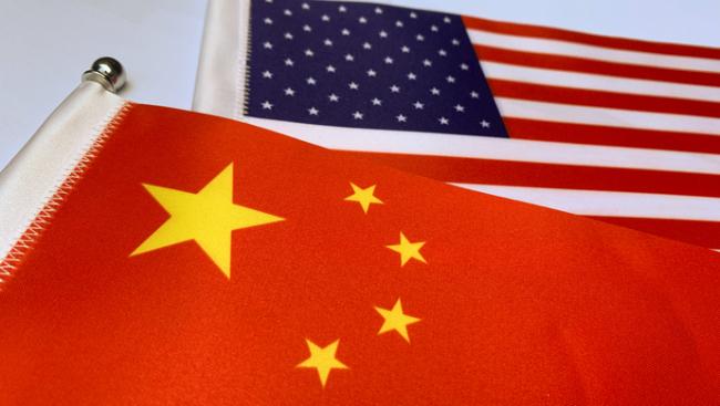 《纽约时报》上的这篇文章掀起一场围绕中国的大辩论,我们看到了什么
