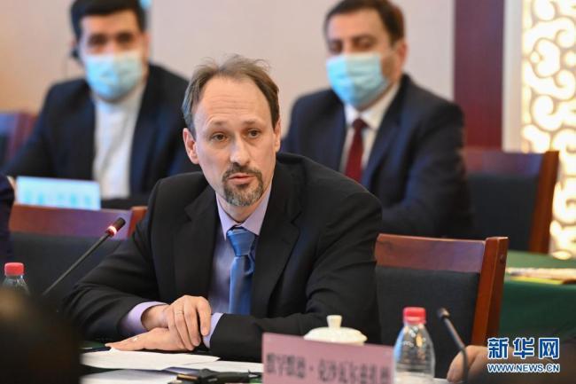 多国使节及外交官驳斥涉疆谣言:他国不应说三道四