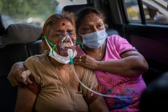"""""""全面失控"""",印度疫情出现五大新变化"""