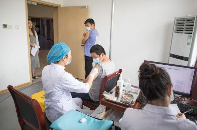 武汉昔日方舱医院变疫苗接种地