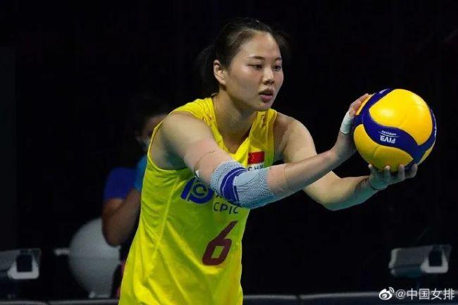 中国女排3-0完胜荷兰女排 今晚9时对阵多米尼加