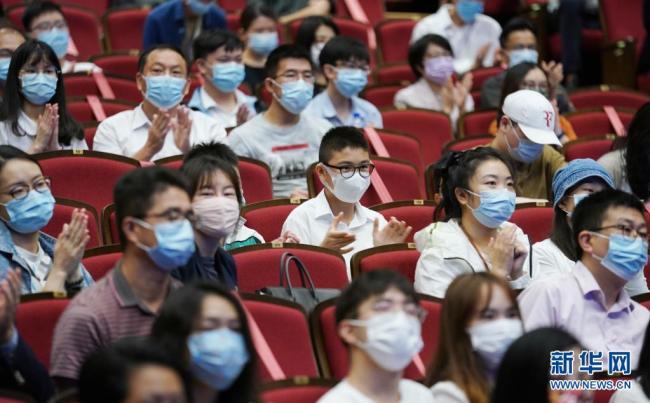 国家月壤在香港亮相 科学家精神浸润香江