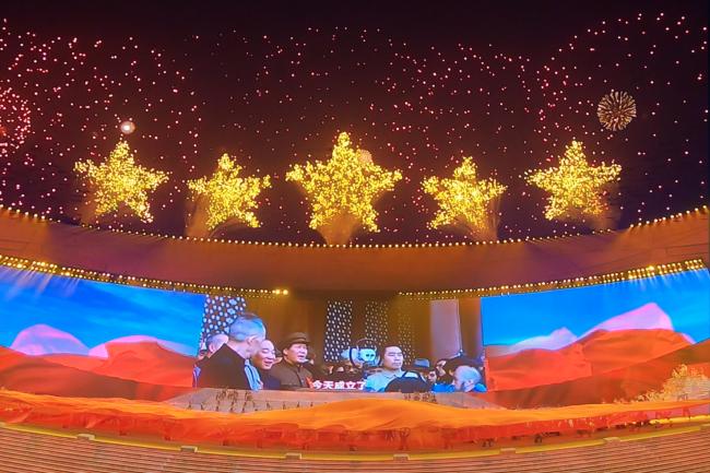 《伟大征程》焰火总设计师:约15000次点火