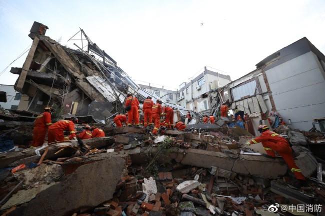 苏州坍塌酒店救援现场